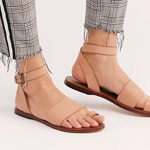 NIB Free People Torrence Rose Flat Sandals 37 7